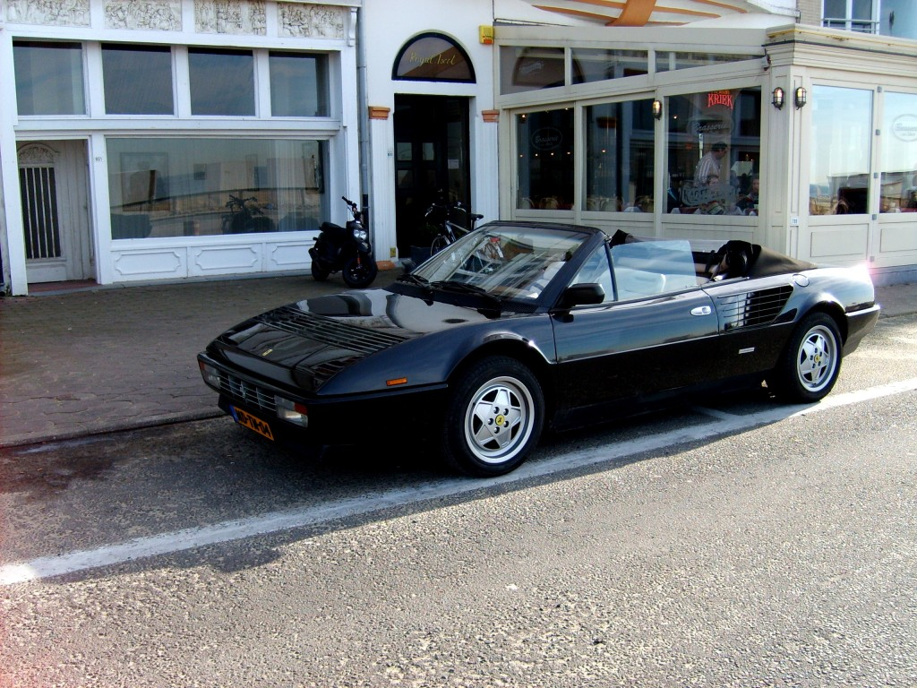 gespot ferrari mondial 3 2 quattrovalvole cabriolet. Black Bedroom Furniture Sets. Home Design Ideas