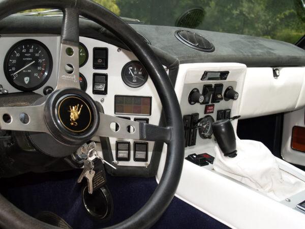 Lamborghini Espada S3 dashboard
