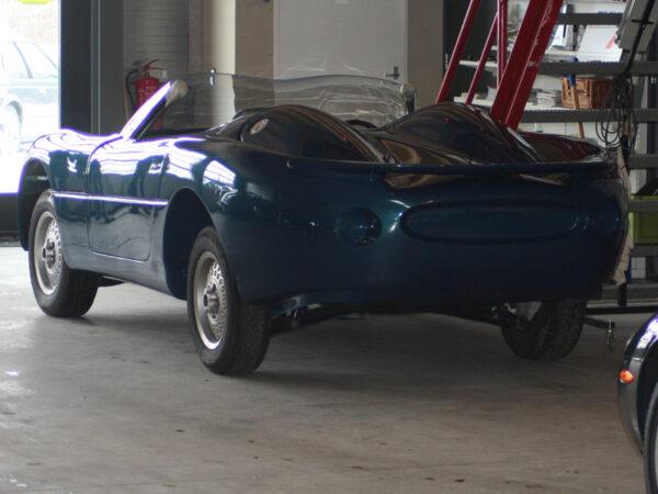 Jaguar XK180 replica