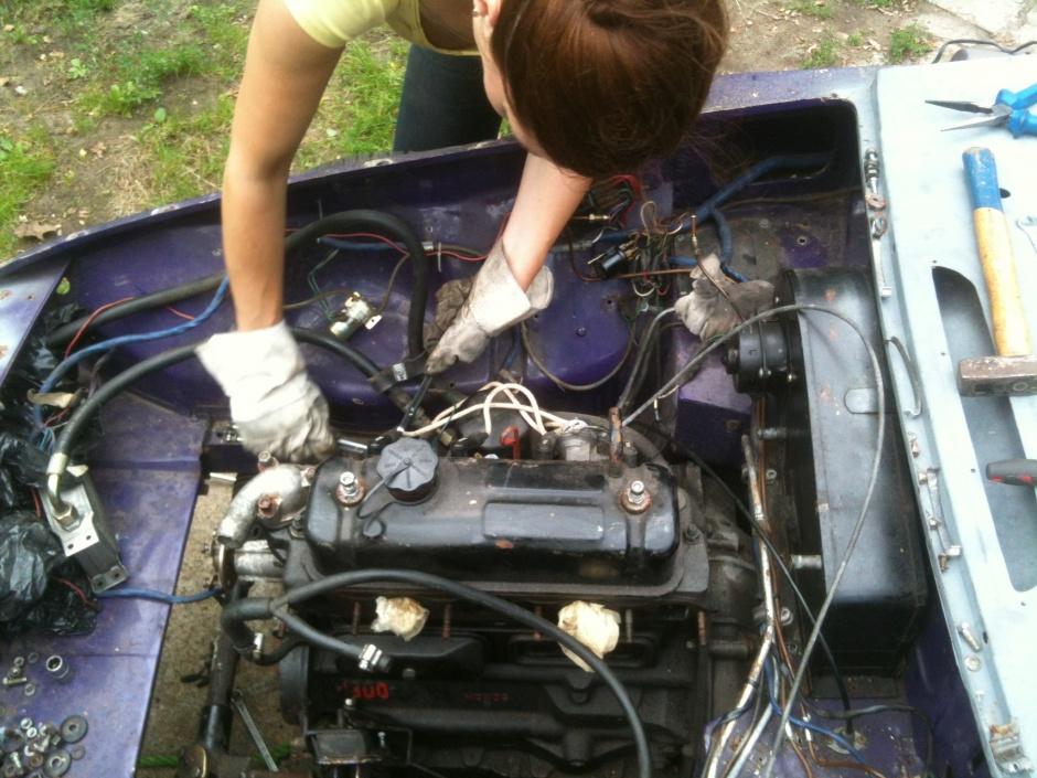 MGB restauratie: De motorruimte