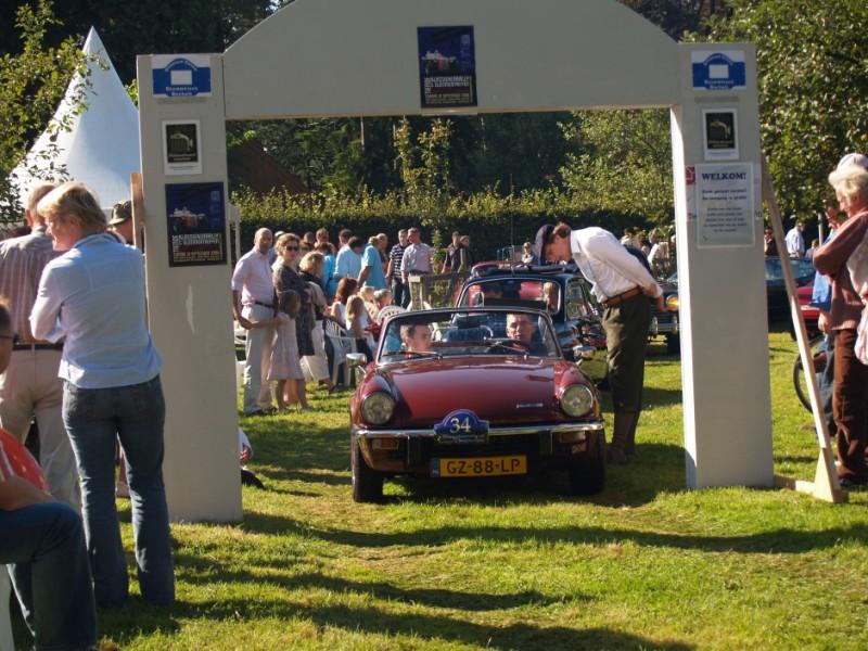 Arjan van der Heide aan de start van de Klassiekerrally 2006.