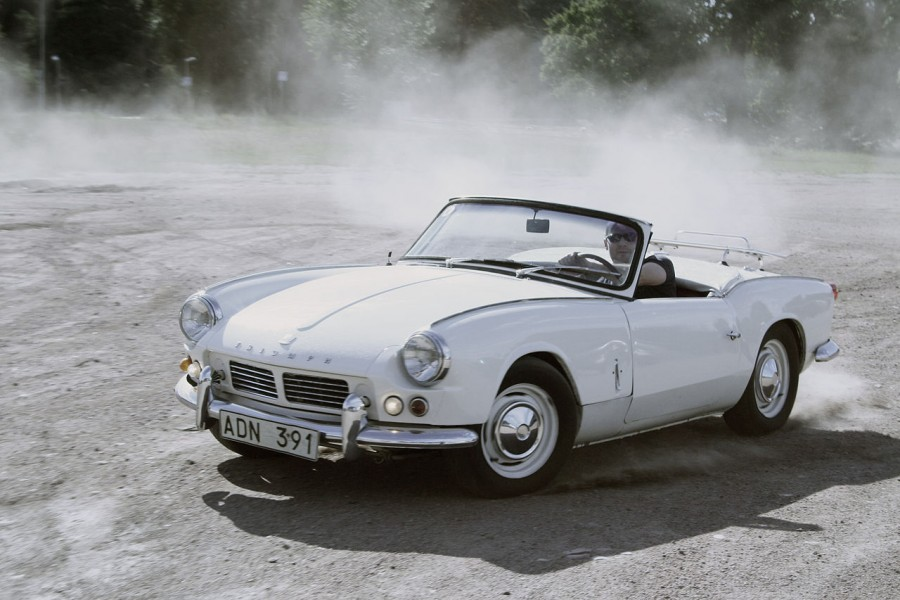 """1965TriumphSpitfire"" by jimmyroq - http://flickr.com/photos/jimmyroq/230056905/. Licensed under CC BY-SA 2.0 via Commons - https://commons.wikimedia.org/wiki/File:1965TriumphSpitfire.jpg#/media/File:1965TriumphSpitfire.jpg"